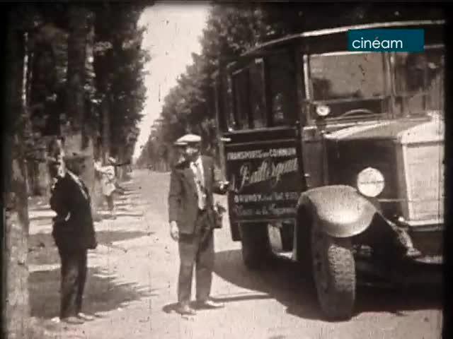Première ligne de bus (La)